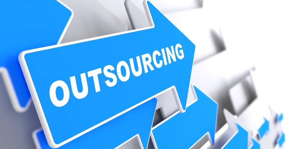 Аутсорсинг услуг или как качественно делать бизнес чужими руками?