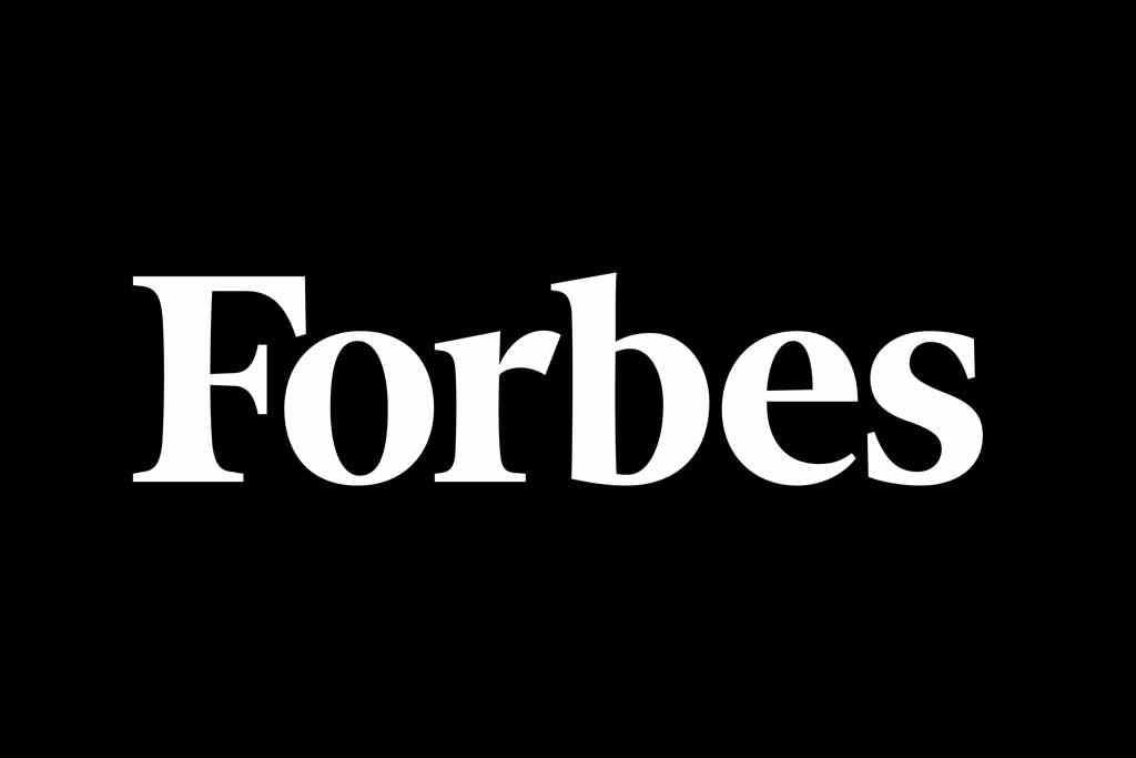 Дмитрий Андреев, поделился секретами «живого общения» с клиентами с журналом Forbes.
