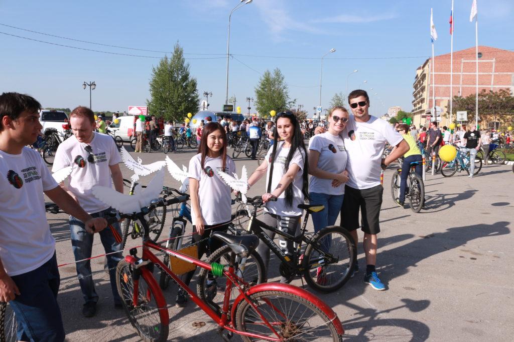 7509 7 мая прошёл велопарад в городе Астрахань, посвящённый Дню Великой Победы!